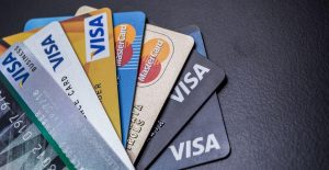 investmoneysaving.com - tips for shopping with credit card